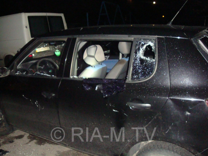 В Запорожской области ночью разбомбили два автомобиля (ФОТО)