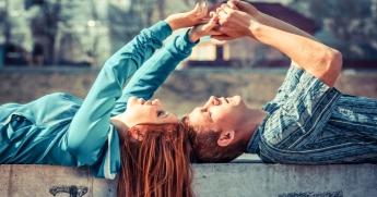 Картинки по запросу Любящие отношения держатся на 15 обещаниях