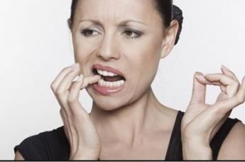 Что делать, если болит зуб, а стоматолога рядом нет