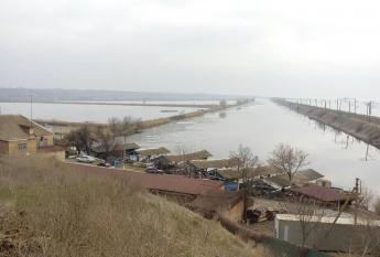 Стали известны личности запорожских рыбаков, на поиски которых вышли 6 баркасов рыболовной артели