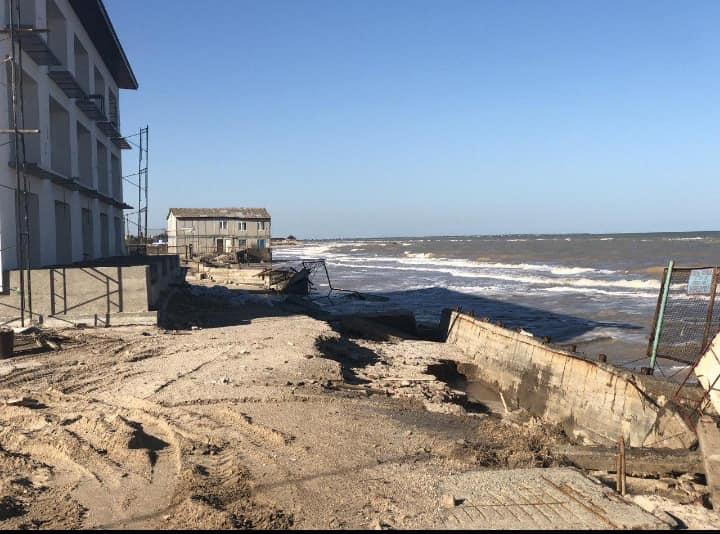 """Кирилловку """"съедает"""" море: начало курортного сезона под большой угрозой. Новости Днепра"""