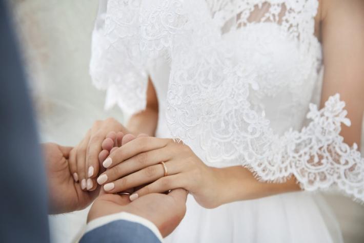 Сколько сейчас в Мелитополе стоит жениться и развестись