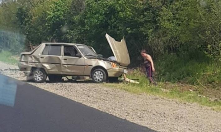 На трассе под Мелитополем в серьезную аварию попала Таврия (фото)