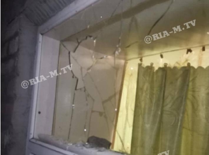 В Мелитополе женщине разбили окна в доме - реакция полиции удивила (фото)