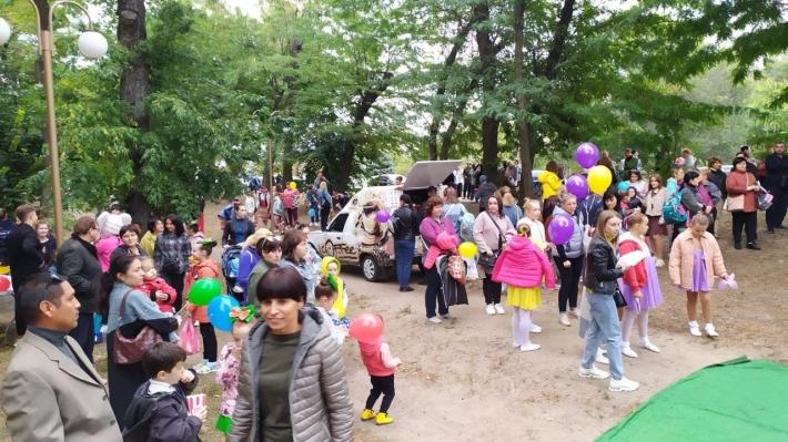 Экопарк в Мелитополе стал эпицентром досуга жителей целого района (фото, видео)